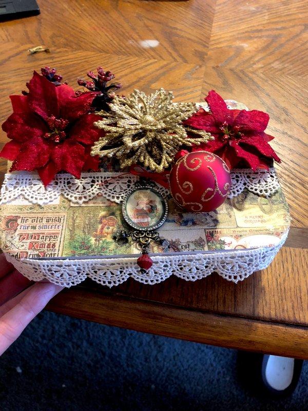 Embellishment box for Darlene