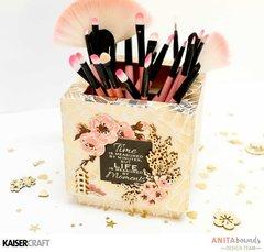 Hanami Garden Makeup Brush Box