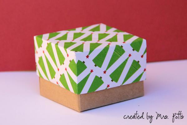 Origami Christmas Box no 1