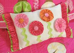 I-Top Buttons Pillow *Imaginisce*