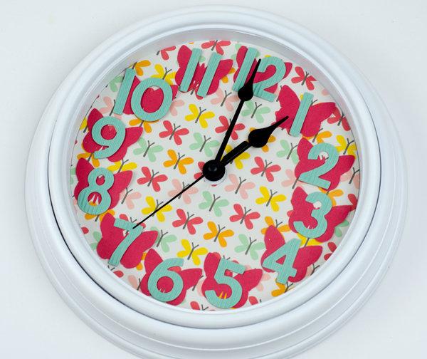 Butterfly Clock *Pebbles*
