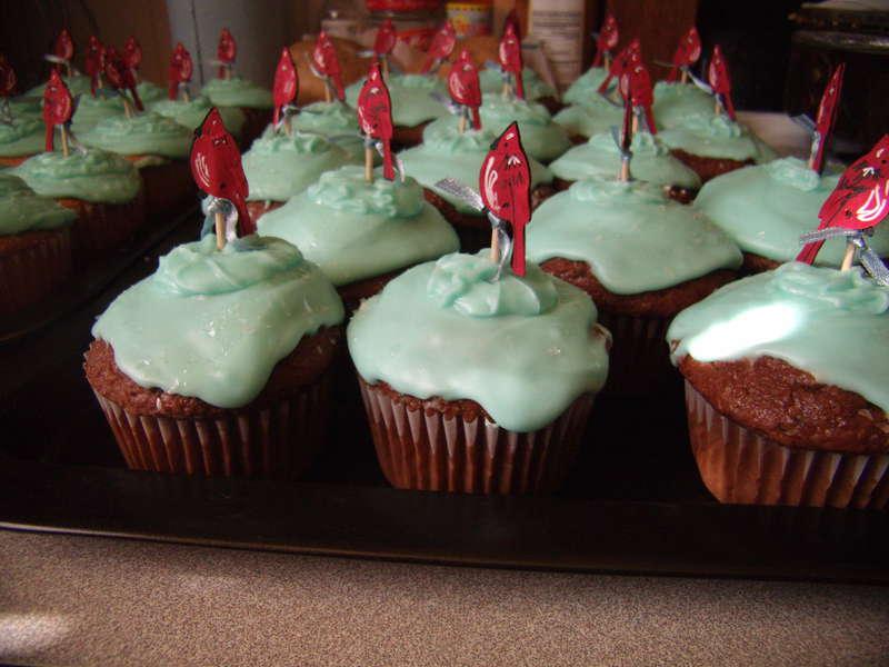 Cardinal Cookout Cupcakes