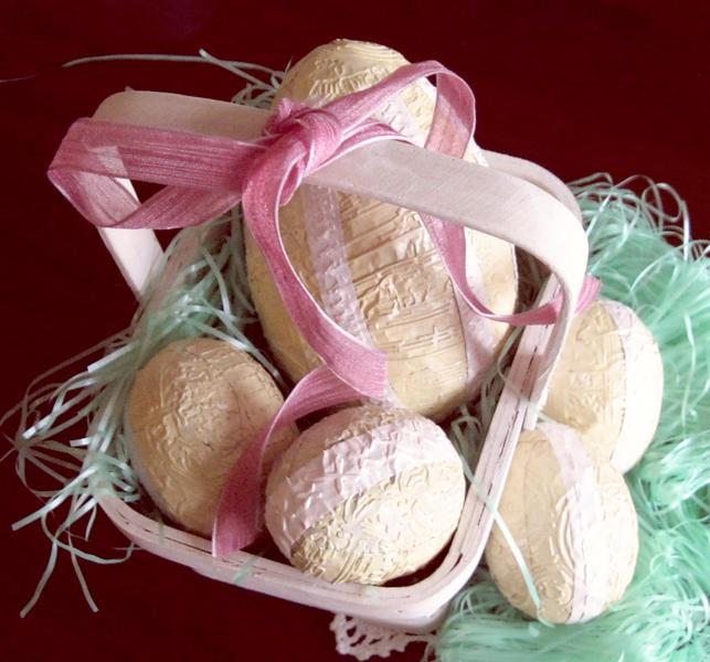 Easter Eggs ~~~ Swirlydoos Ultimate Design Challenge Week #