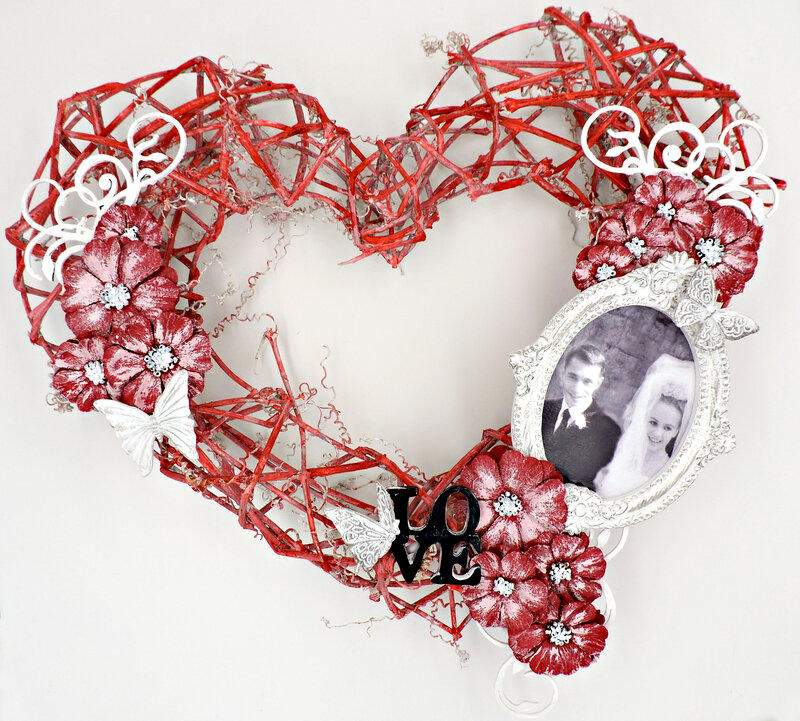 Heart Wreath for Valentine's Month