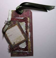 Swirlydoos 25 Tags of Christmas Tag #19 - Distressing