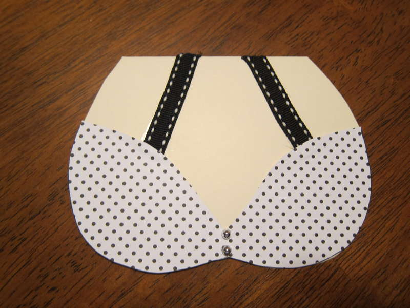 Front of poke a dotted bikini