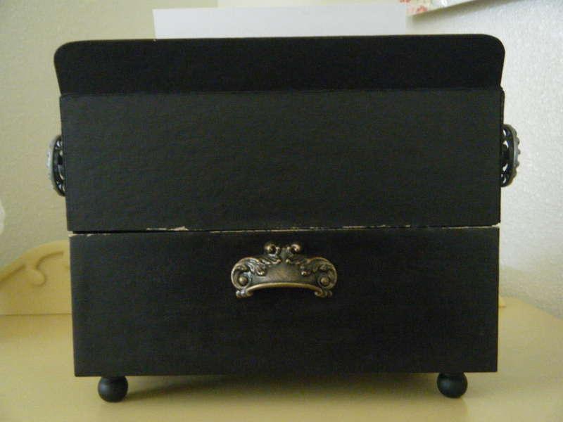 Vintage Typewriter(Back side)