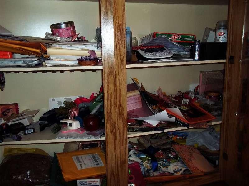 Upper shelving (bulit in china hutch) before