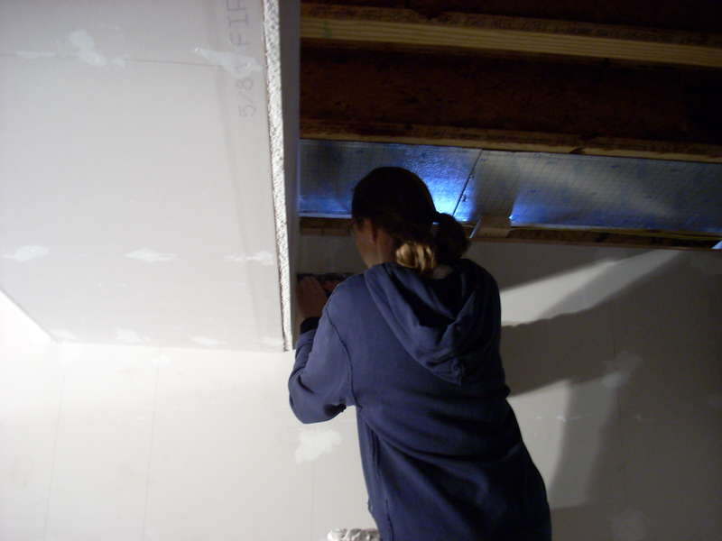 Finishing the drywall