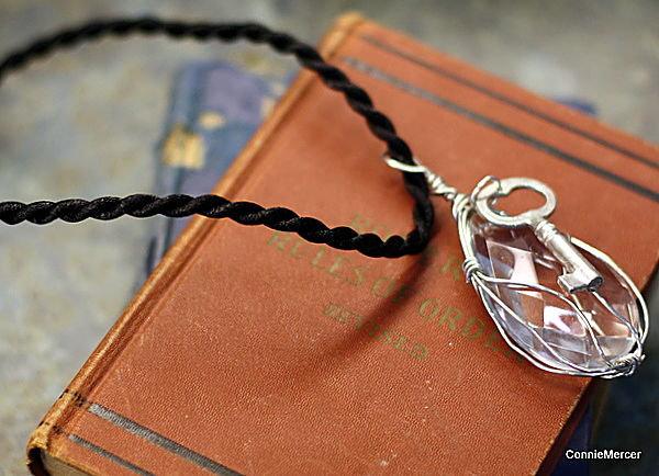 Chandler crystal necklace~