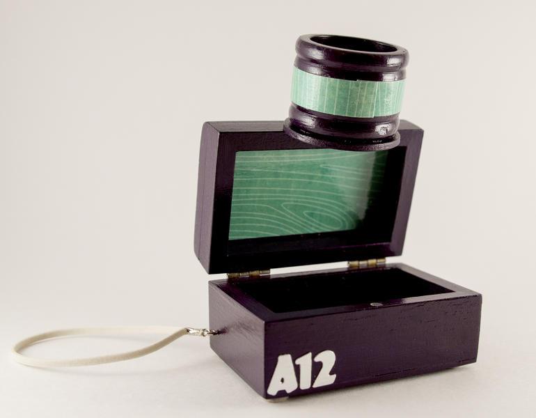camera box, open