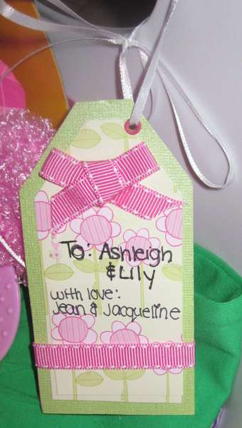 Tag, baby shower gift - front