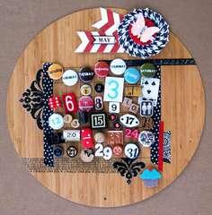 Wood Magnetic Ormolu Calendar