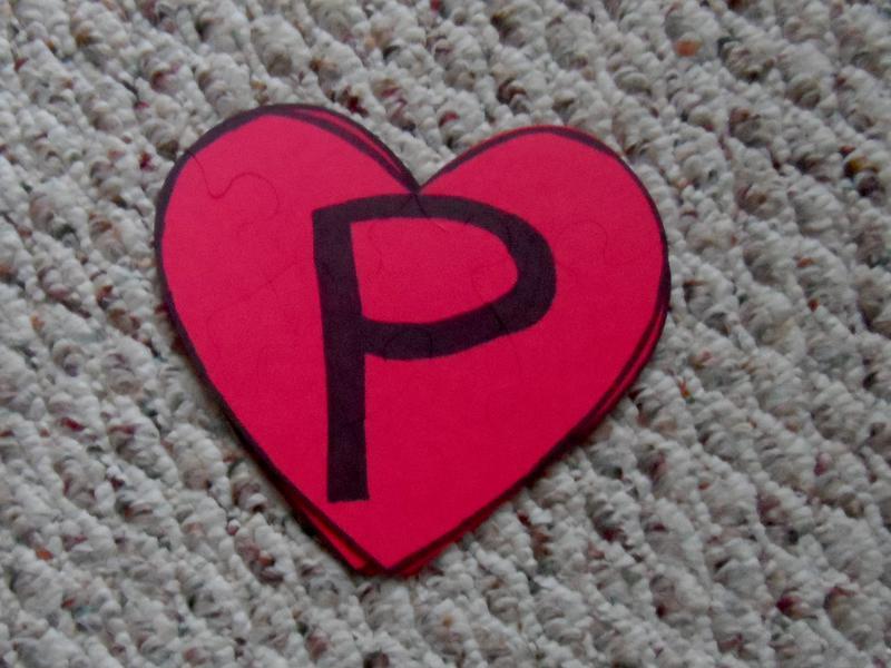 Preschool valentine puzzle