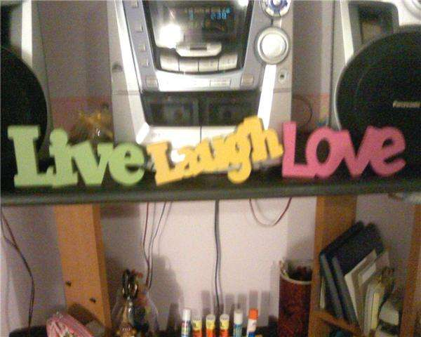 Live Laugh Love <3
