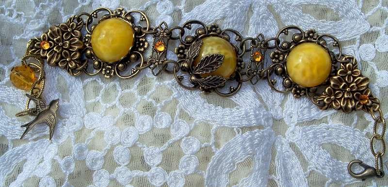 Yummy Czech Butterscotch Cabochons Bracelet