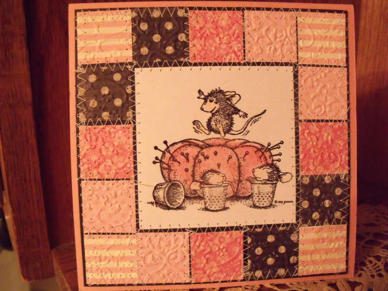 House Mouse Pincushion Bounce