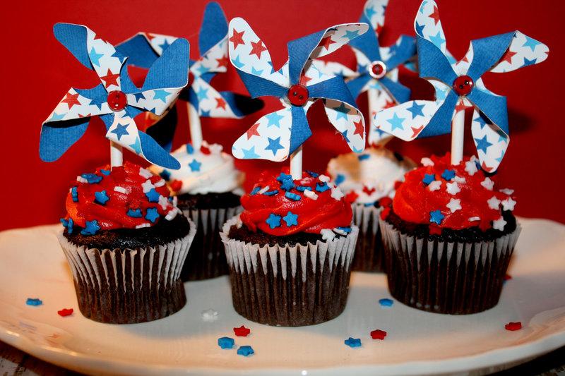 Mini Pinwheel Cupcake toppers / Hybrid