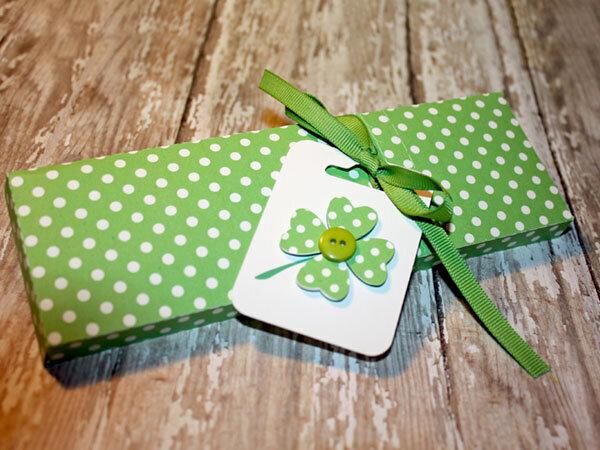 Candy Box with zipper closure