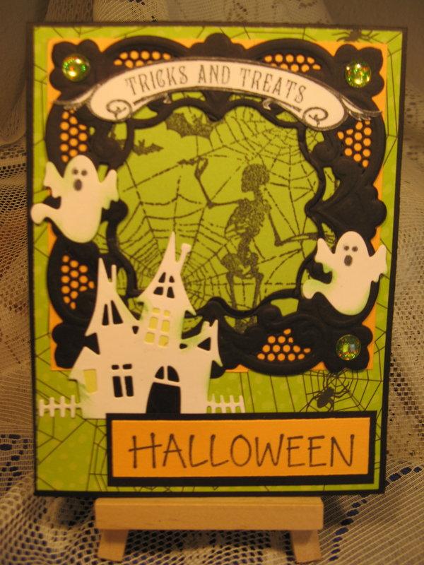 new die halloween