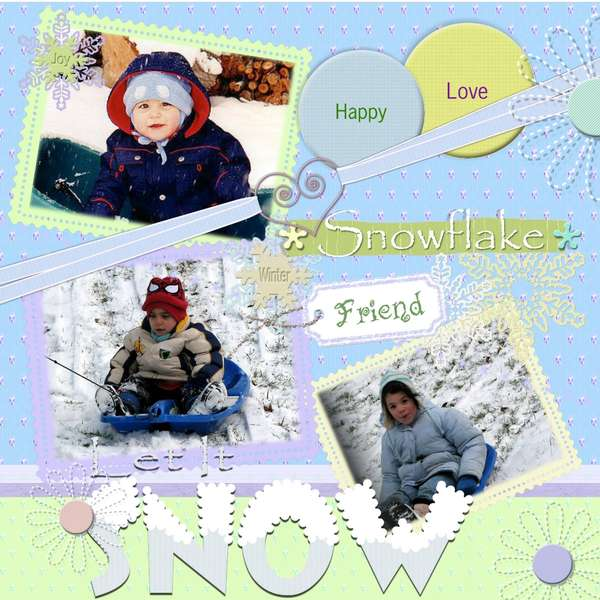 SNOW...  FrIeNdS and more SnoWFlAkEs