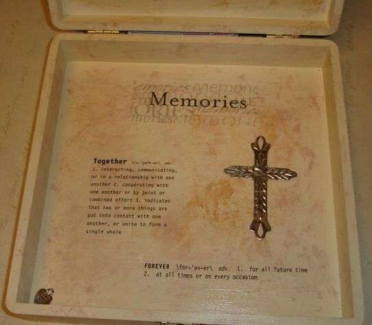 6th Anniversary Gift - Memory Box