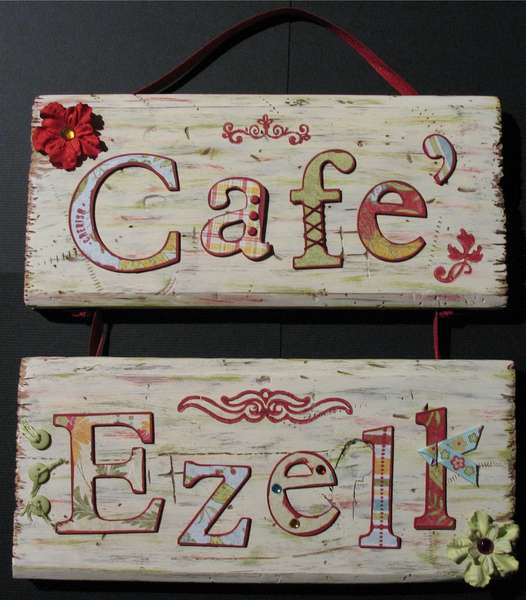 Cafe' Ezell Wood Plaque
