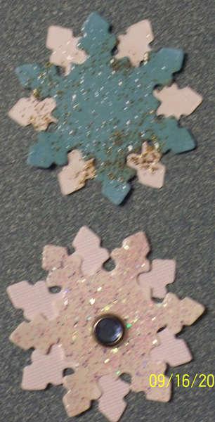 Snowflakes Embellished die cut swap