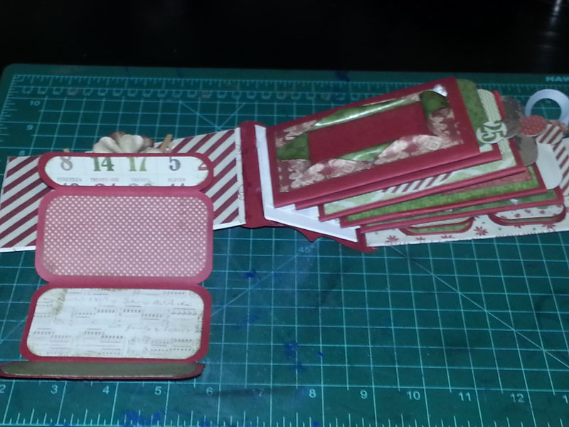 Xmas TP Mini Album, con't pages