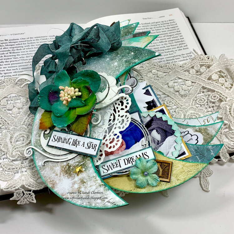 Moon shaped mini album ~ Creative Embellishments