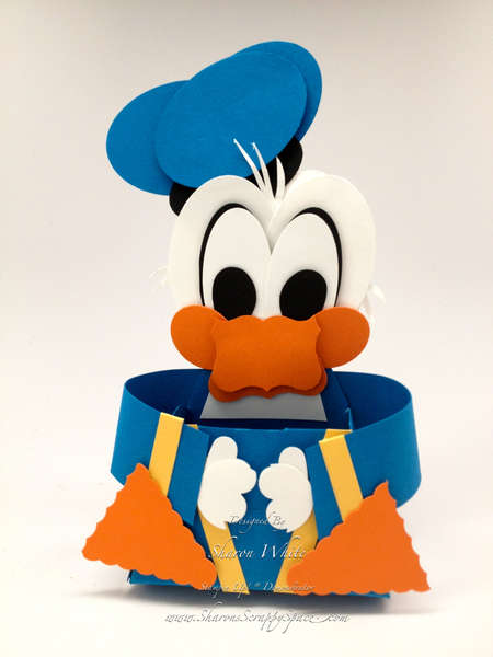 Donald Duck Punch Art Treat Holder