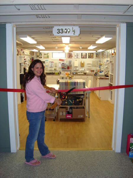 Dink's Craft Studio, Ribbon Cutting