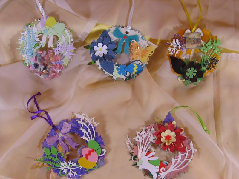 Easter mini Coronets