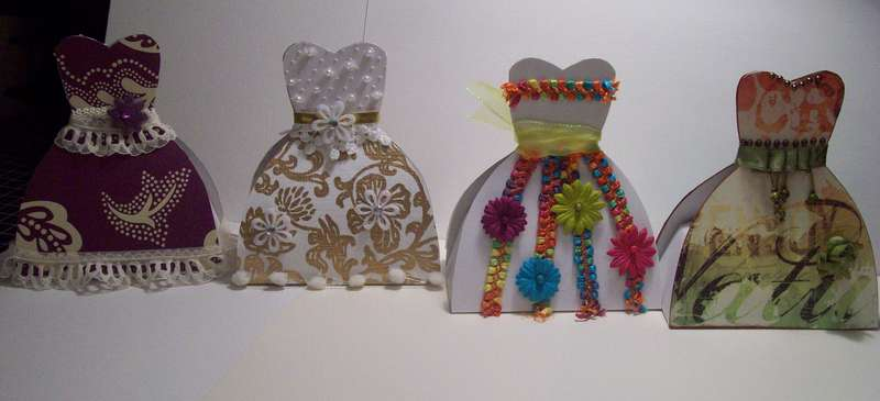 Dress form favor boxes