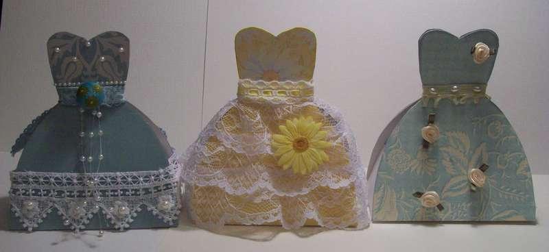 Dress form favor boxes