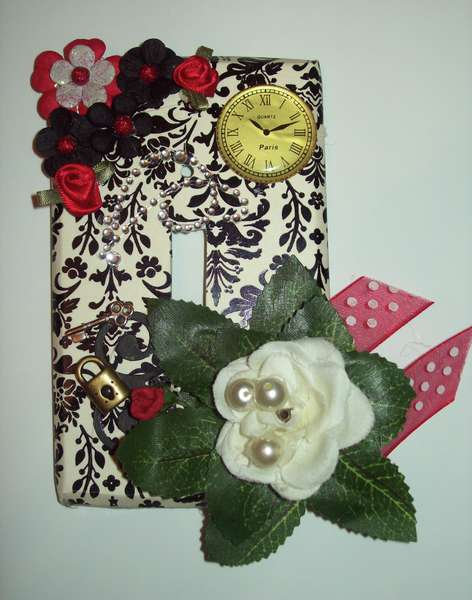 Altered light switch cover *SOCE:spire*