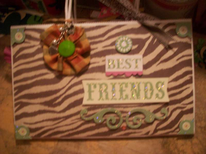 BEST FRIENDS-GIFT BAG SWAP