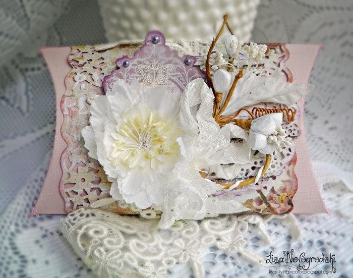 Pillow Box ** Scraps of Elegance & Tresors de Luxe**