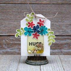 Hugs Shaker Tag