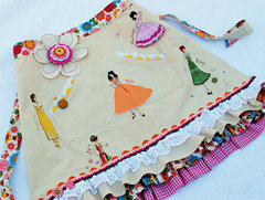 Julie Nutting Doll Apron by Delaina