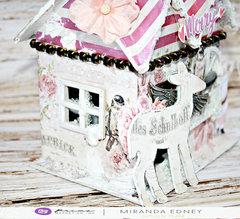 Gingerbread House by Miranda for Prima