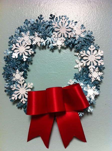 Glitter Holiday Wreath