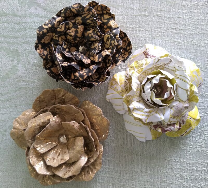 Paper Roses as Table Decoration