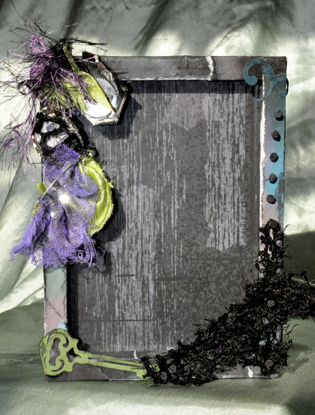 Grungy Black and Green 5x7 Scrapbooked Picture Frame