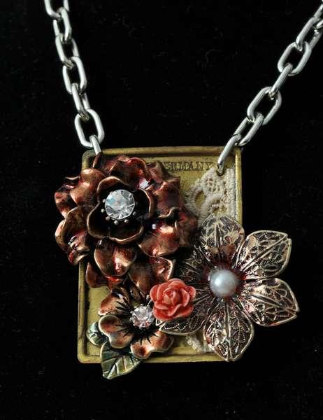Rose Vintage Trinkets Necklace *Prima*