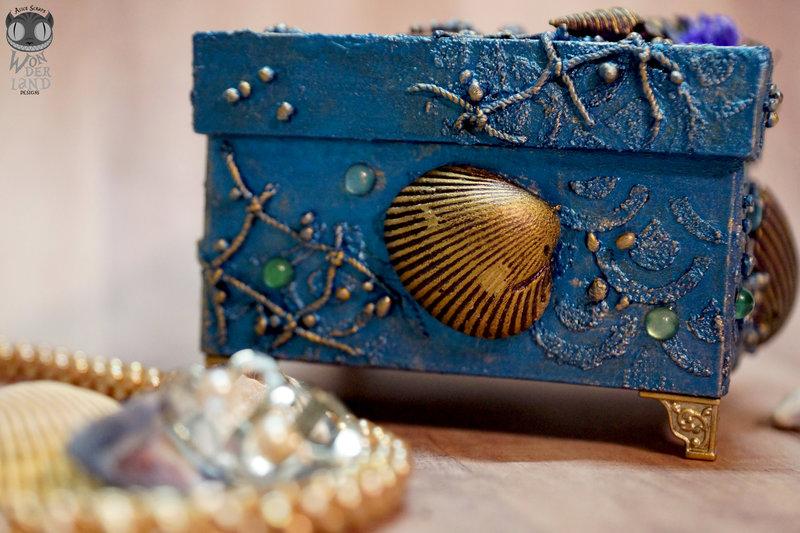 Mermaid Pearls Jewelry Box