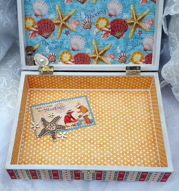 """Reneabouquets June Cigar Box Swap """"By The Sea"""""""