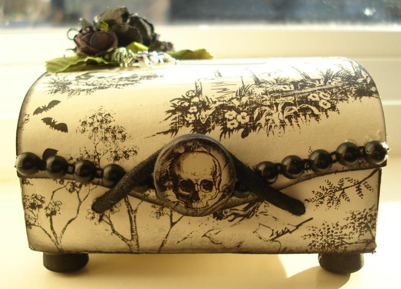 Altered Balsa Box - Halloween