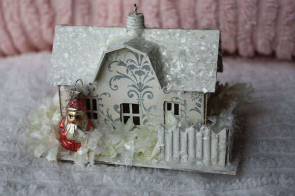 Miniature Decorated Melissa Frances Farmhouse