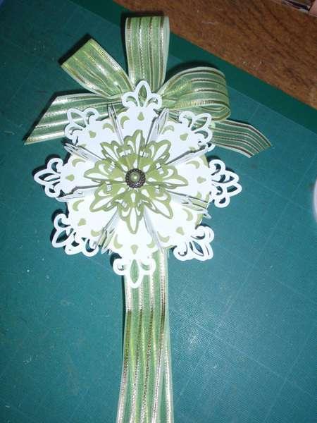Spellbinder Fleur de Lies ornament